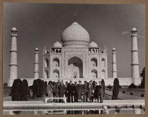 Robert Menzies and others in front of the Taj Mahal (December 1950), Special Collections, Baillieu Library, The University of Melbourne.